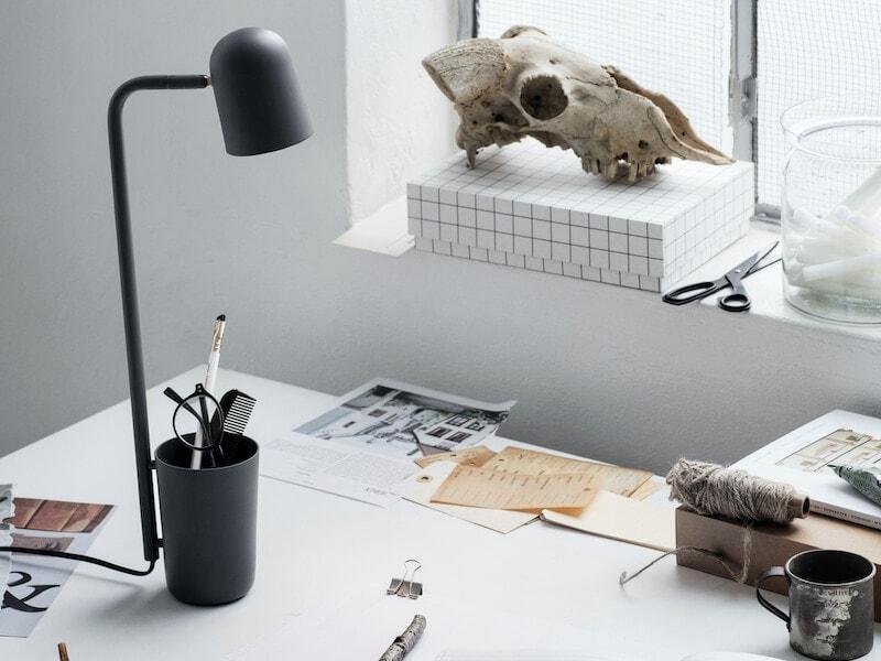 Buddy_Dark_Grey_on_desk_portrait-Low-res_Photo_Chris-Tonnesen (1) (1)